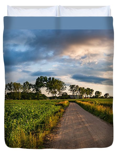 Duvet Cover featuring the photograph Evening In A Cornfield by Dmytro Korol