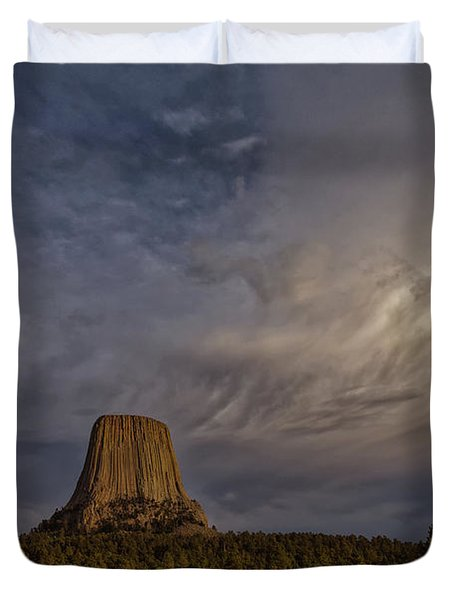 Evening Time At Devils Tower Duvet Cover