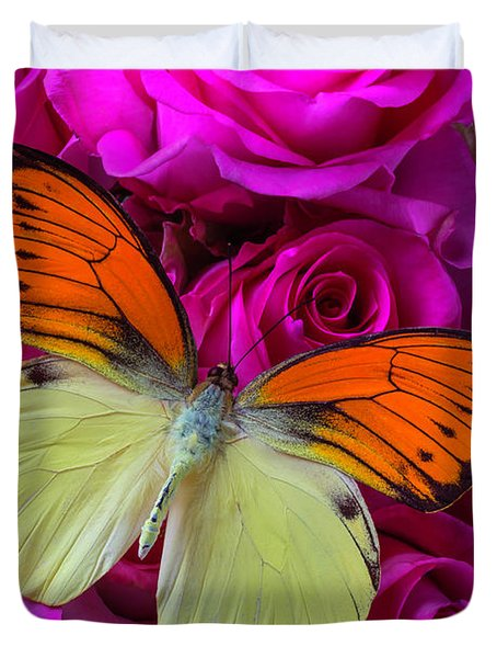 Exotic Butterfly On Pink Roses Duvet Cover
