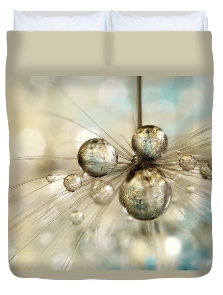 Exploding Dandy Drops Duvet Cover