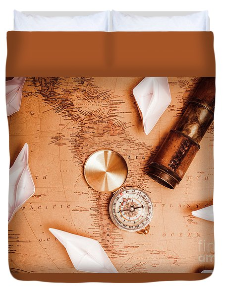 Explorer Desk With Compass, Map And Spyglass Duvet Cover