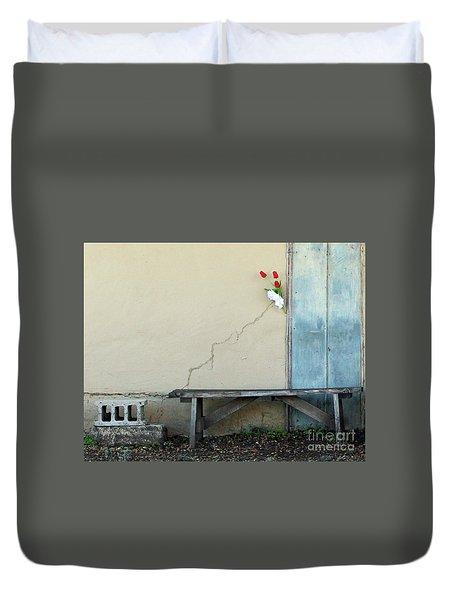 Duvet Cover featuring the photograph Exterior Decorator by Joe Jake Pratt