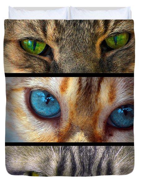 Eyes 1 Duvet Cover