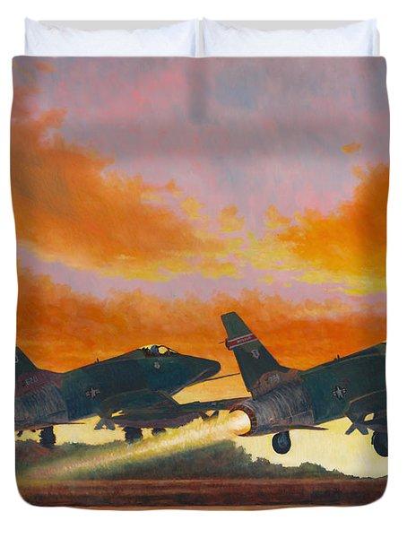 F-100d's Missouri Ang At Dusk Duvet Cover