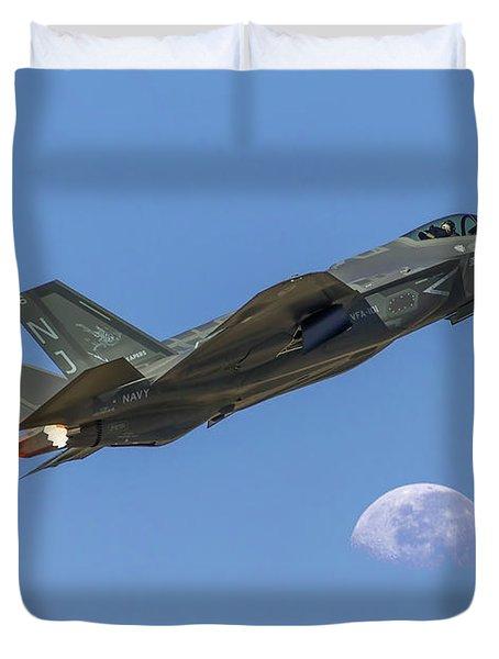 F-35 Shoots The Moon Duvet Cover