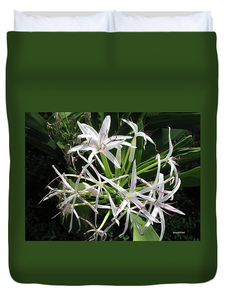 F3 Queen Emma Lily Duvet Cover by Donald k Hall