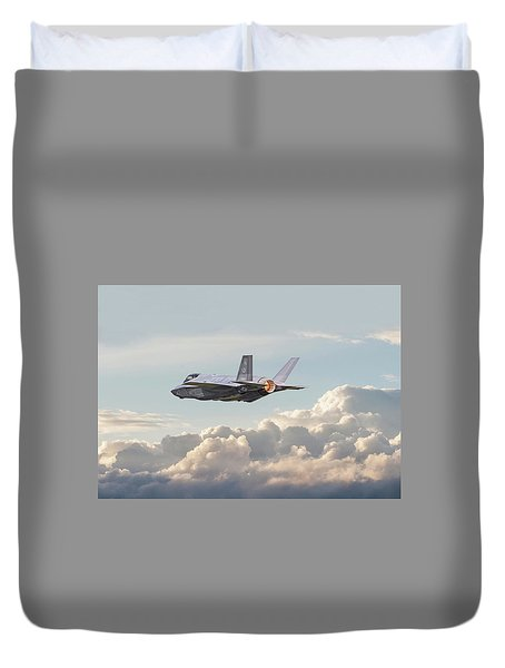 Duvet Cover featuring the photograph F35 -  Into The Future by Pat Speirs