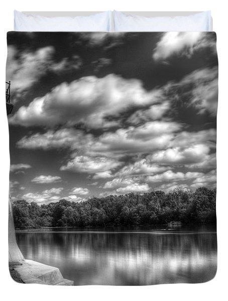 Fabyan Lighthouse On The Fox River Duvet Cover