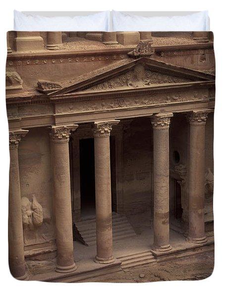 Facade Of The Treasury In Petra, Jordan Duvet Cover by Richard Nowitz