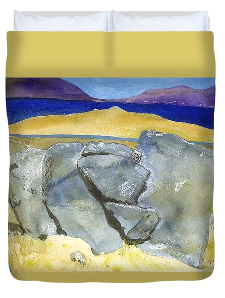 Faces Of The Rocks Duvet Cover