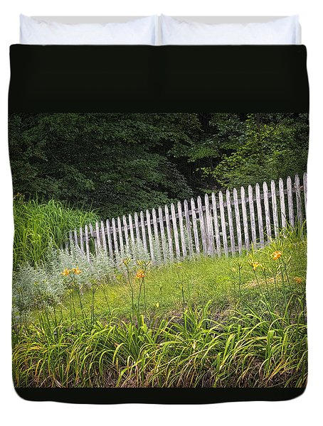 Duvet Cover featuring the photograph Faded Fence by Tom Singleton