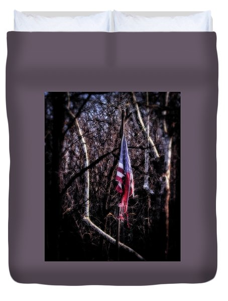 Duvet Cover featuring the photograph Faded Glory by Alan Raasch