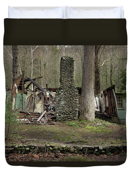 Duvet Cover featuring the photograph Fading Into Tomorrow by Mike Eingle