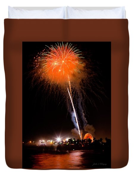 Fireworks As Seen From The Ventura California Pier Duvet Cover