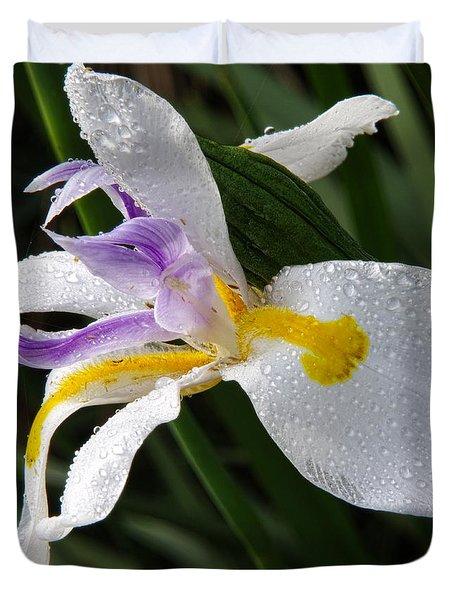 Fairy Iris 2 Duvet Cover by Richard Rizzo