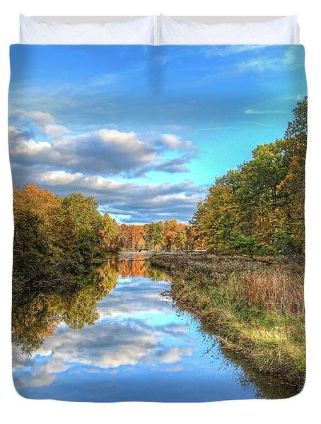 Fall At Brunswick Lake  Duvet Cover