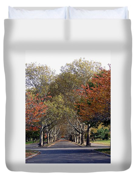 Fall At Corona Park Duvet Cover