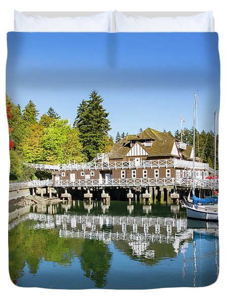 Fall At The Rowing Club In Vancouver Duvet Cover