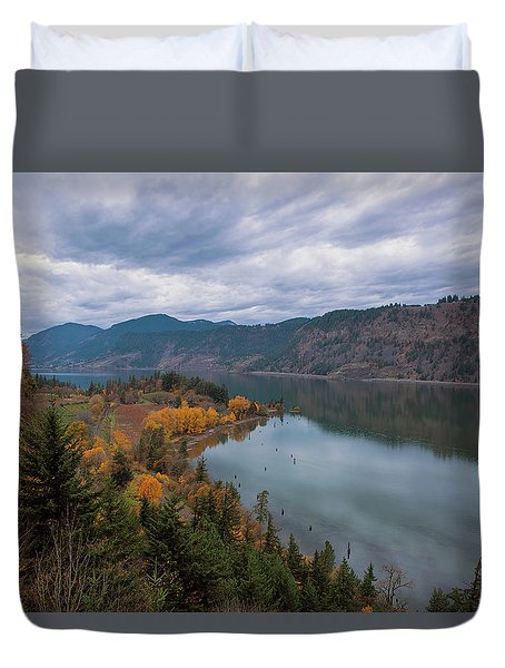 Fall Color At Ruthton Point In Hood River Oregon Duvet Cover