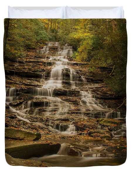 Duvet Cover featuring the photograph Fall Colors At Minnehaha Falls by Barbara Bowen