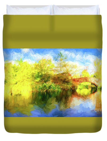 Duvet Cover featuring the photograph Fall In Central Park by Jim  Hatch