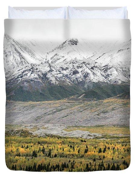 Fall In Wrangell - St. Elias Duvet Cover