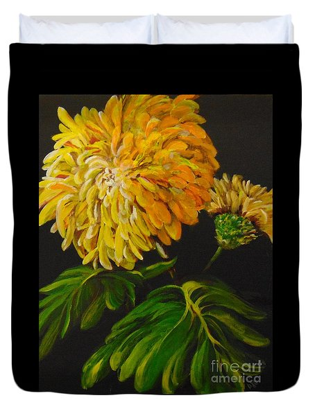 Duvet Cover featuring the painting Fall by Saundra Johnson