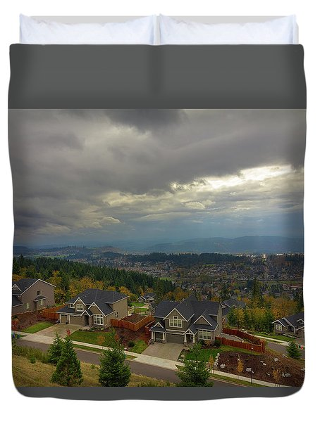 Fall Season In Happy Valley Oregon Duvet Cover by David Gn