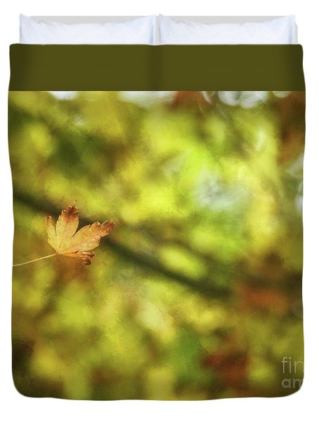 Duvet Cover featuring the photograph Falling by Peggy Hughes