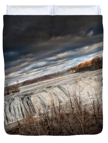 Falls Power Duvet Cover