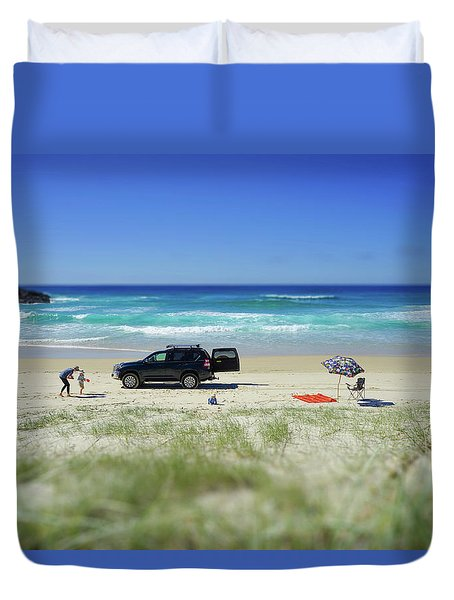 Family Day On Beach With 4wd Car  Duvet Cover