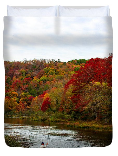 Duvet Cover featuring the photograph Family Time by Jerry Bunger