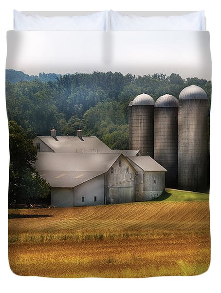 Farm - Barn - Home On The Range Duvet Cover by Mike Savad