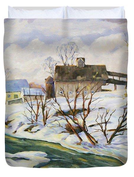 Farm In Winter Duvet Cover by Richard T Pranke