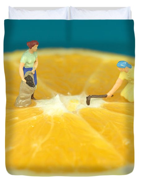 Farmers On Orange Duvet Cover by Paul Ge