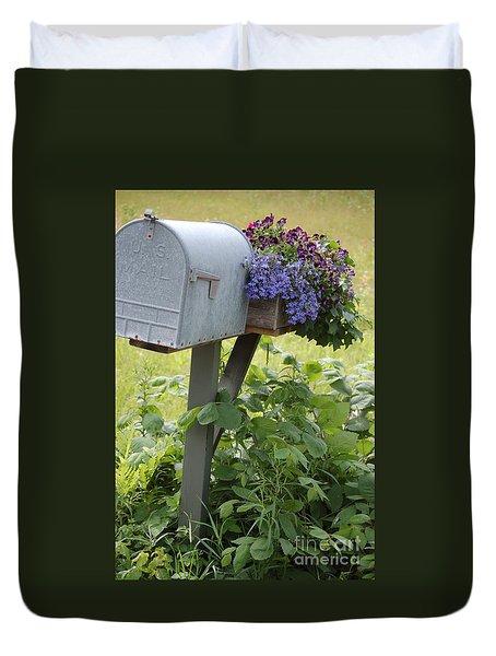 Farm's Mailbox Duvet Cover