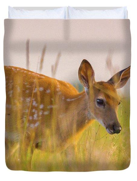 Fawn In Grasslands Duvet Cover