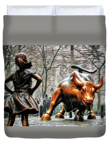 Fearless Girl And Wall Street Bull Statues Duvet Cover by Nishanth Gopinathan