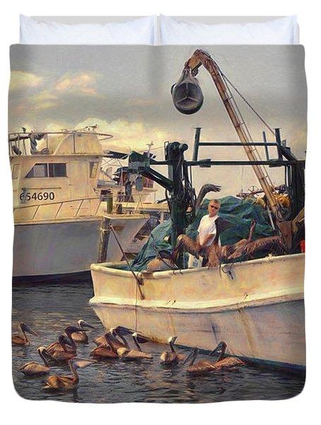 Feeding The Pelicans Duvet Cover