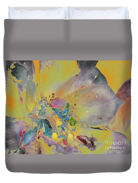 Duvet Cover featuring the photograph Feliz Navidad by Alfonso Garcia