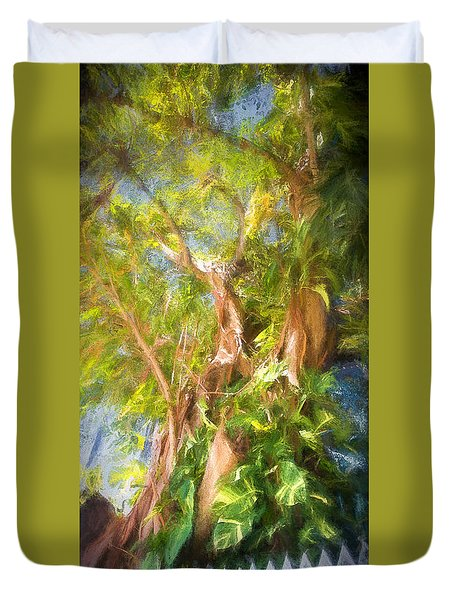 Fence And Trees In Keys Duvet Cover by Linda Olsen