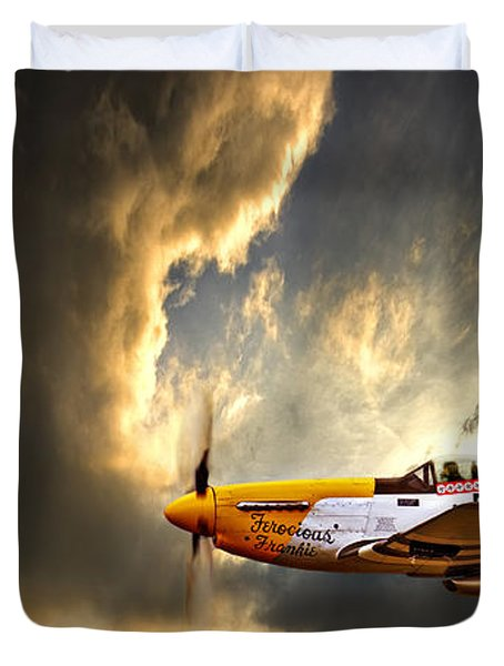 Duvet Cover featuring the photograph Ferocious Frankie by Meirion Matthias