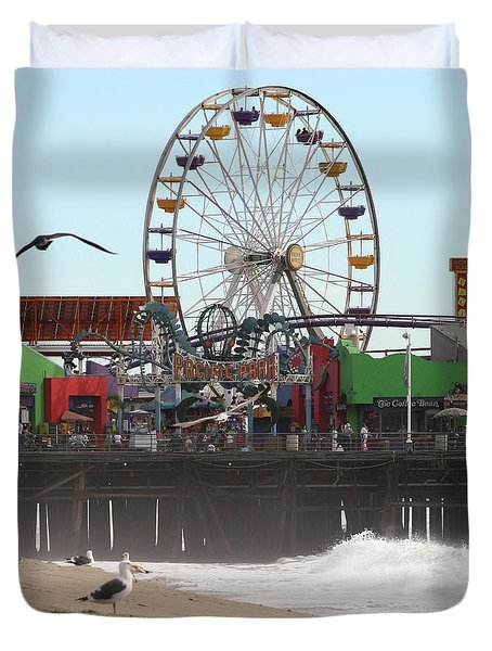 Ferris Wheel At Santa Monica Pier Duvet Cover