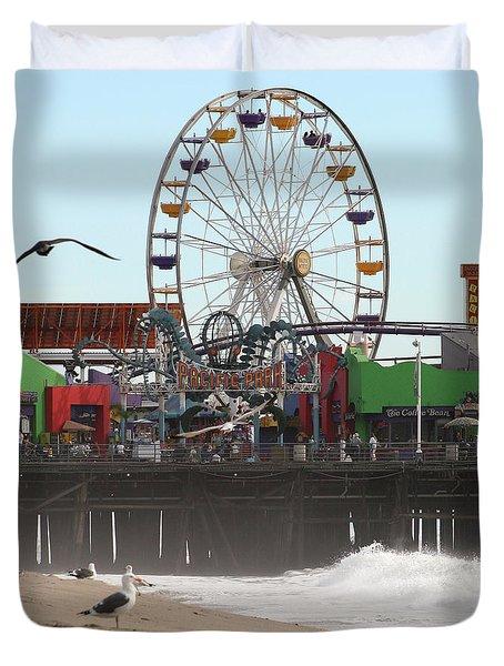 Ferris Wheel At Santa Monica Pier Duvet Cover