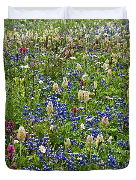 Field Of Wildflowers Duvet Cover by Greg Vaughn - Printscapes