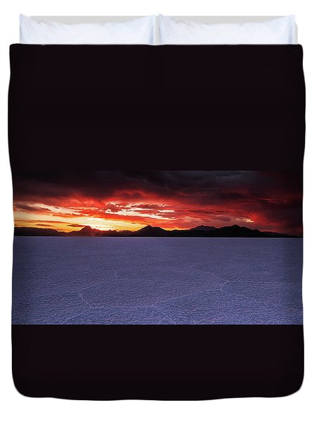 Duvet Cover featuring the photograph Fight For The Light by Edgars Erglis