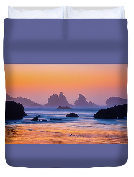 Duvet Cover featuring the photograph Final Moments by Darren White