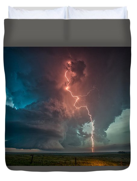 Fire In The Sky. Duvet Cover by James Menzies