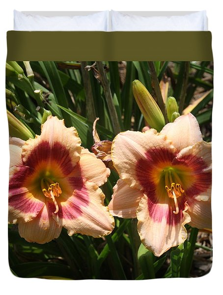 Fire Lilies Duvet Cover by Wendy Coulson