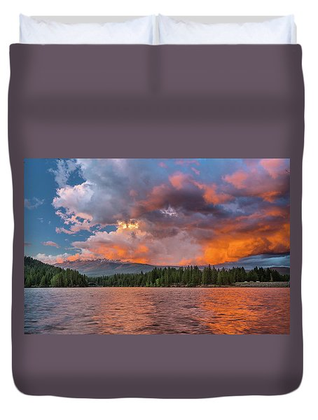 Fire Sunset Over Shasta Duvet Cover
